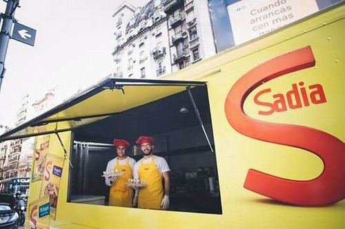 food truck, publicidad , gruman olsson, bimbo,alquiler,camio