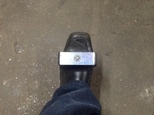 foot shaker (ganzá) m p multi percussion