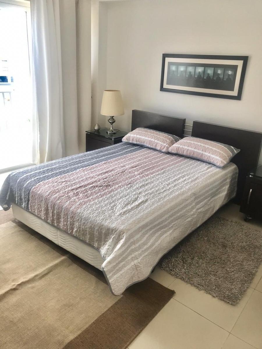 for rent apartamento 2 habitaciones amueblado en piantini