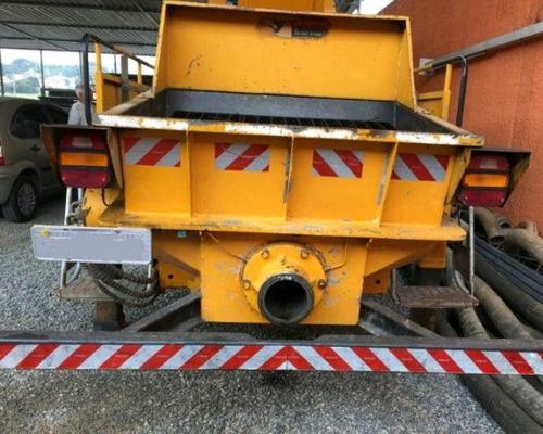 ford 1319e ano 2013, conjunto bomba de concreto hold hbt-60-
