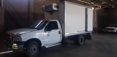 ford 4000 trabajando con furgon y equipo de frio