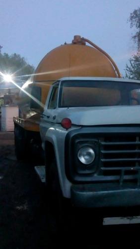 ford -7000  año 1981-con tanque atmosférico de 18.000 litros