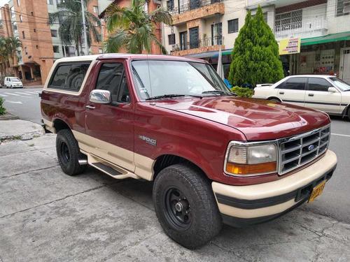 ford bronco xlt  1996 motor v8 5.000cc mecánica