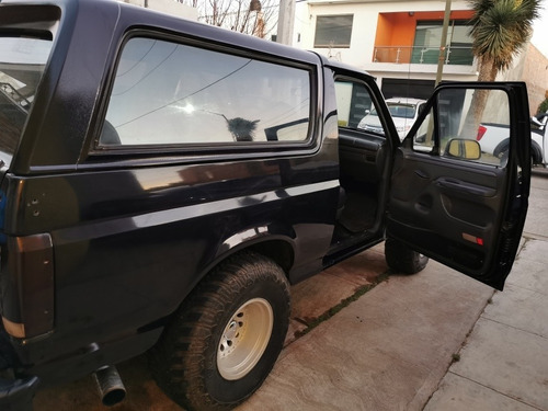 ford bronco xlt 8cil