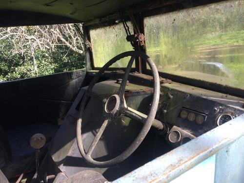 ford canadienses x 2 (1 funcionando 1 sin motor) + yapa
