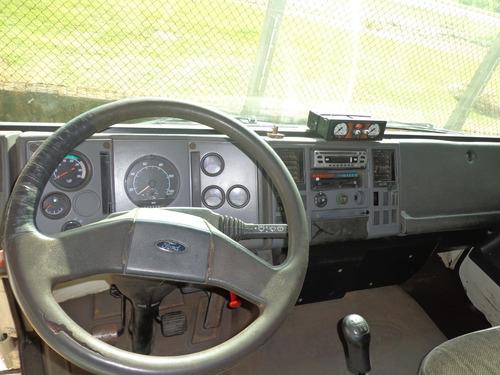 ford cargo 1217  toco com bau , ano 2002 branco