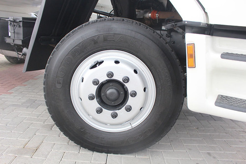 ford cargo 1317 4x2 chassi toco doc comboio 7m³ = 10 20