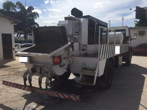 ford cargo 1317 - bomba de concreto estacionária bvs 1003