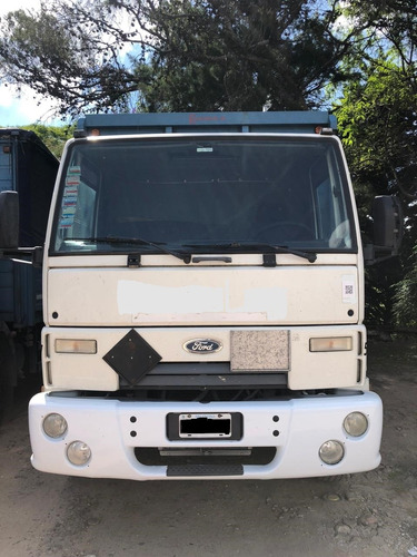 ford cargo 1317 chasis c/cabina 2011