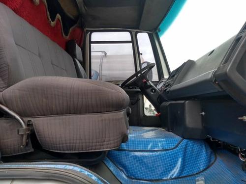 ford cargo 1317 e toco ano 2009/09 com baú 11,60 metros.