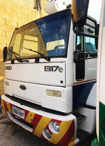 ford cargo 1317 toco c/ cesto aéreo