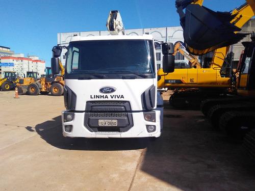 ford cargo 1319 2013 linha viva