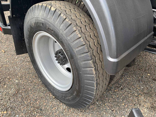 ford cargo 1319 equipado limpa fossa tanque sucção a vacuo