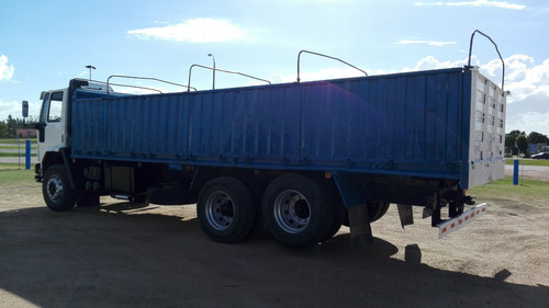 ford cargo 1517 6x2