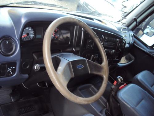 ford cargo 1517 carroceria
