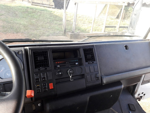 ford cargo 1517 eletrônico 2006