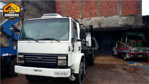 ford cargo 1617