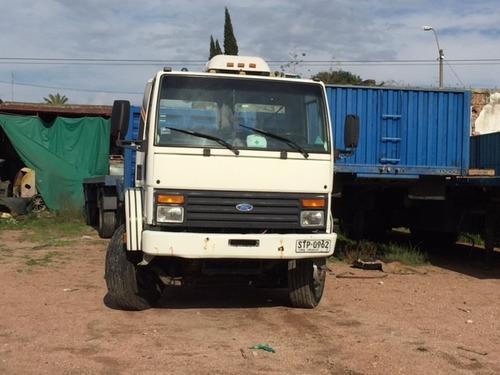 ford cargo 1622 doble eje con zorra