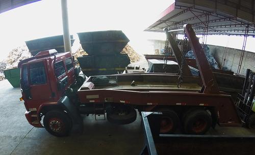 ford cargo 1722 / 2002 - poliguindaste sucateiro