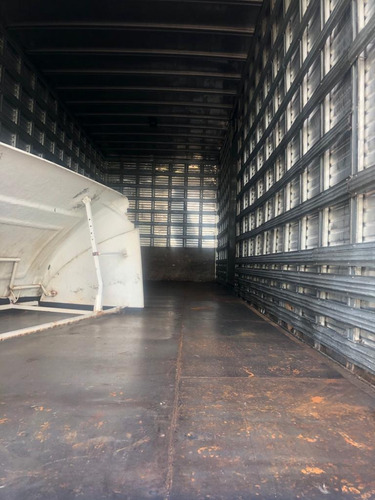 ford cargo 1722 2011 4x2 bau de aluminio de 8,50 revisado
