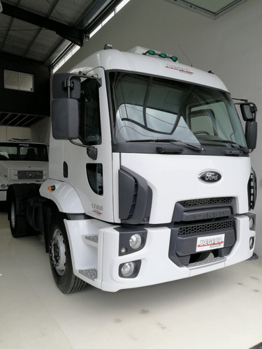 ford cargo 1722 2012 tractor