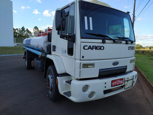 ford cargo 1722 4x2 tanque 10.000 l 03 bc - ano 2011
