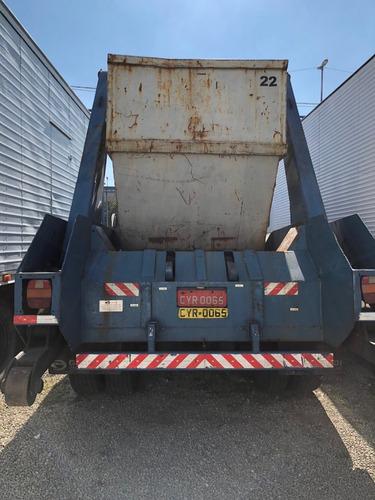 ford cargo 1722 ano 2002 com poli