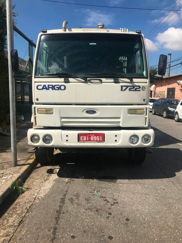 ford cargo 1722  e truck coletor de lixo