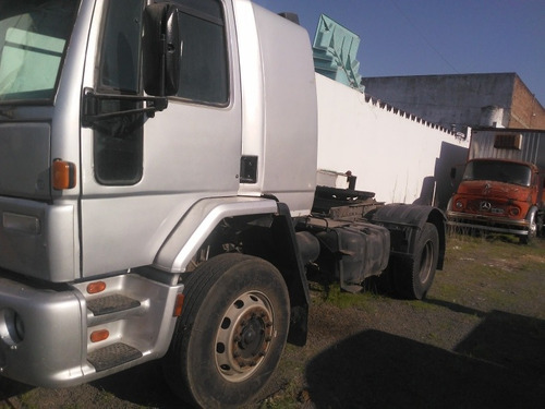 ford cargo 1831