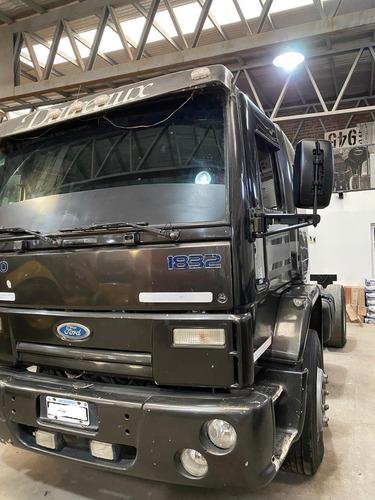 ford cargo 1832 2010 cummins 600.000 mil kilómetros   nqnmaq
