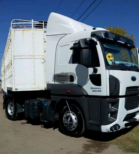 ford cargo 2042