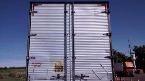 ford cargo 2422 2005 baú