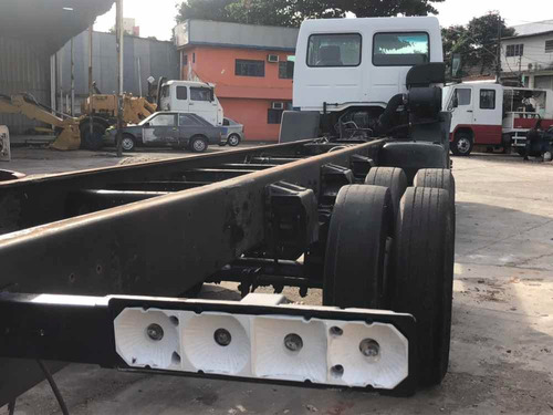ford cargo 2422 ano 2006 chassis 6 cilindros cummins