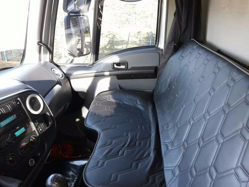 ford cargo 2423 2013/2013 cegonha para 07 carros