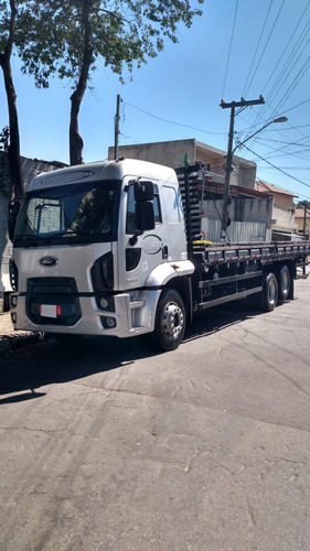 ford cargo  2423 2429  2423 mercedes caminhão bau scania