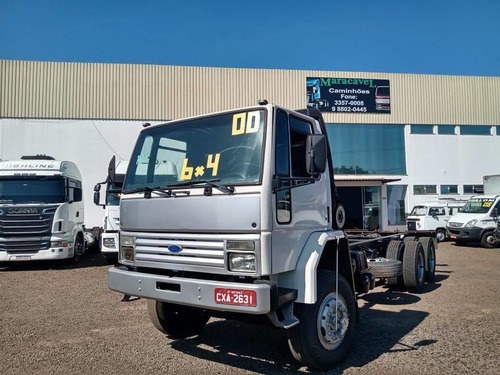 ford cargo 2425 6x4 2000 chassi (doc. tanque)