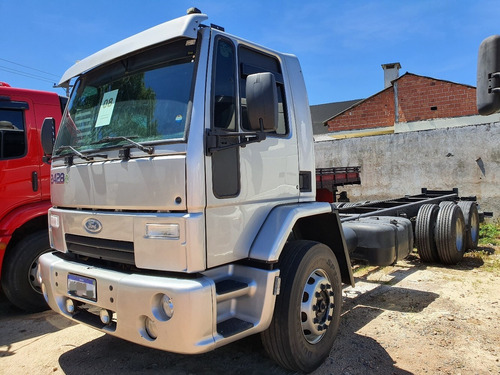 ford cargo 2428 2008 remarcado rem nº chassi