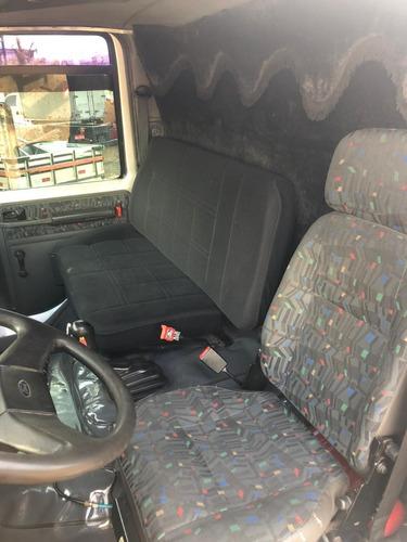 ford cargo 2428 carroceria 2009