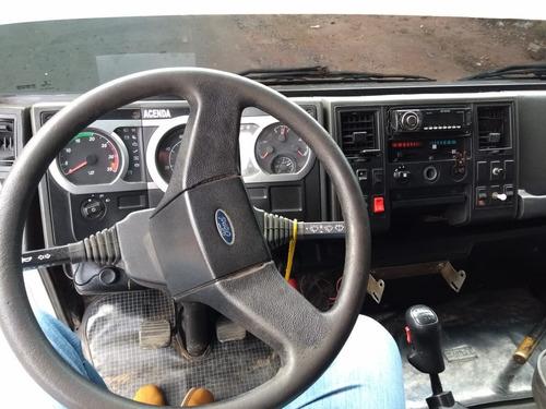 ford cargo 2428 motor novo 6x2 baú fs caminhoes