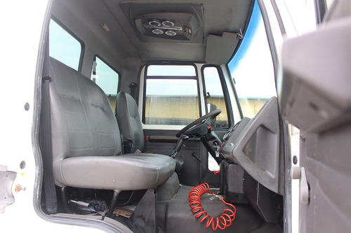 ford cargo 2628 2007 6x4 chassi doc caçamba = traçado