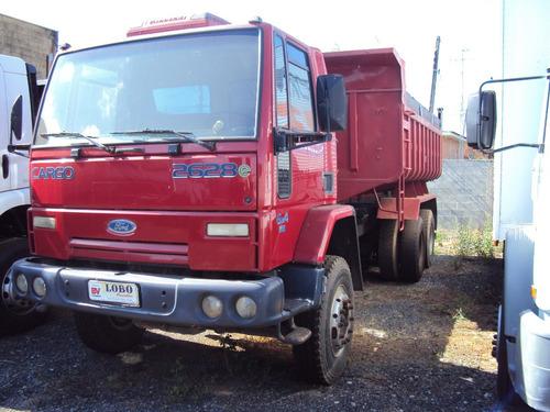 ford cargo 2628 6x4 ano 2007 vermelho cacambado