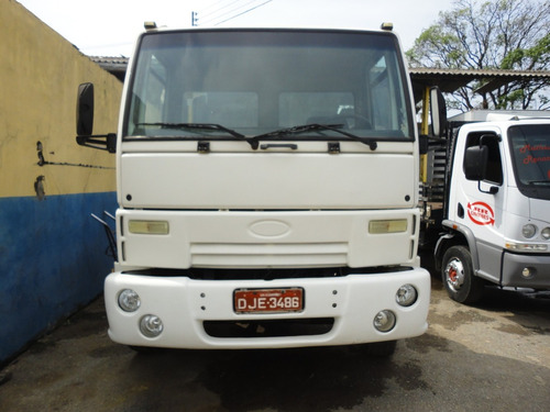 ford cargo 3222 - branca - ano 2005