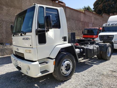 ford cargo 4532 caminhão