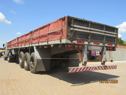 ford cargo 4532 - carreta carga seca c/ pneus
