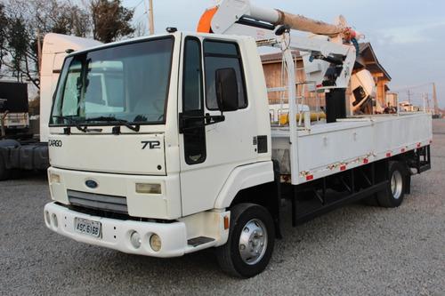 ford cargo 712 2009/2010 com cesto aereo