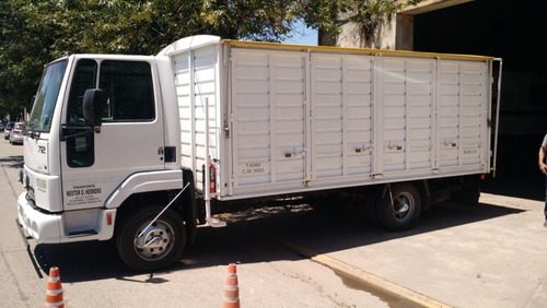 ford cargo 712 año 2011 183.000 km unica mano. caja todopuer
