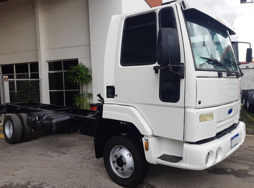 ford cargo 815 = 08/09 = chassi = 3/4