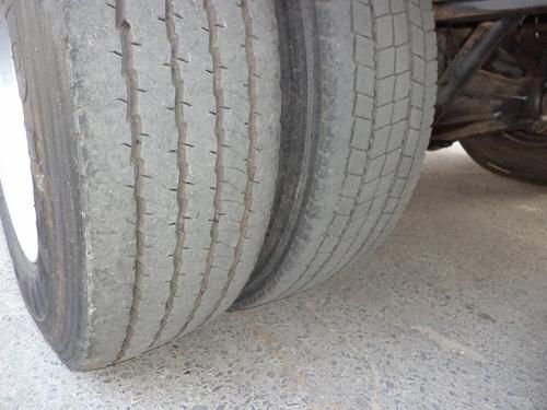 ford cargo 815 2011/2012 bau refrigerado gancheiro