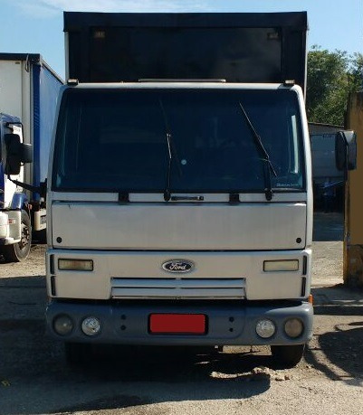 ford cargo 815 ano 2006 sider