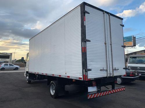 ford cargo 815 baú de 6 metros 10/11 com motor novo